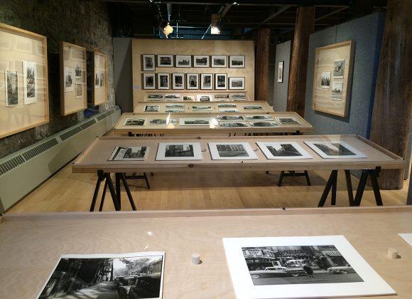 En TOURNÉE Melvin Charney Architect/e Photographe/r