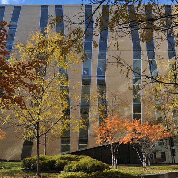 Visite Archifête 1/4 | Campus et vie étudiante : du Complexe des sciences à la Résidence Edison
